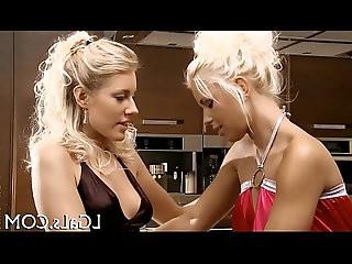 Slim lesbos