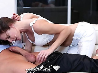 HD PureMature Hot babe Jenni Lee fucks on the couch