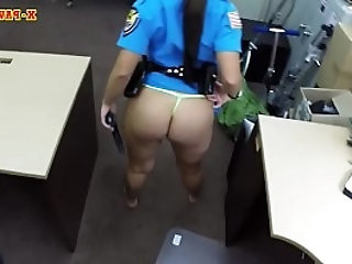 Big ass officer gets banged by pawn guy